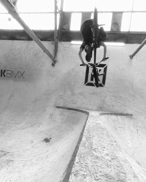 Big floater 3 over the Spine at @raysmtb's from Subrosa rider @krobjrbmx  #bmx #subrosa #subrosabrand #subrosasaves #kevinrobinsonjr #shadowbmx #shadowconspiracy #raysmtb